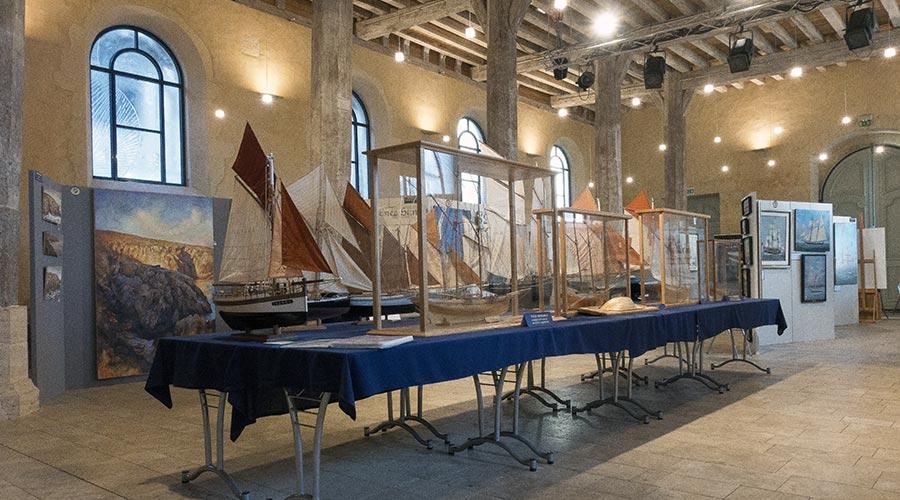 Exposition La Ferté-Bernard 1 © Académie des Arts et Sciences de la Mer